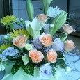 お悔やみのお花が届きました